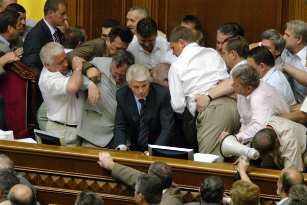 UKRAINE-PARLIAMENT-FIGHT